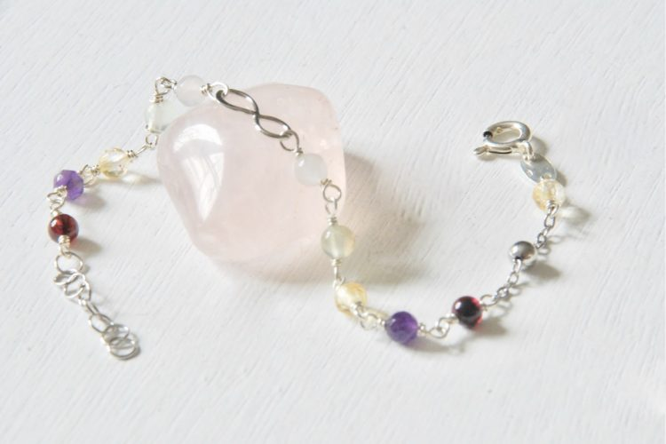 bracciale argento armonia serenita infinito granato ametista citrino prenite quarzo rosa
