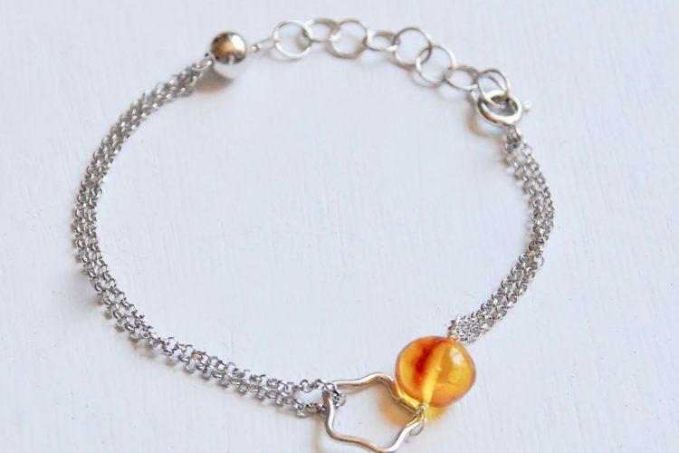 bracciale argento leone ambra