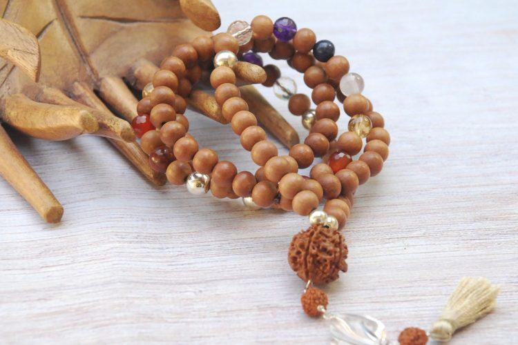 japa mala legno di sandalo pietre 7 chakra argento