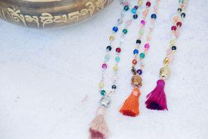 Mala collana pietre vere Buddha oro argento e rame